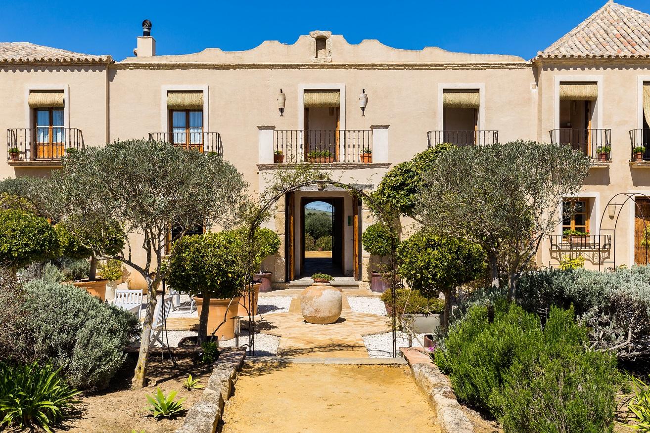 Casa la siesta luxury boutique hotel in vejer de la - Casa la siesta ...