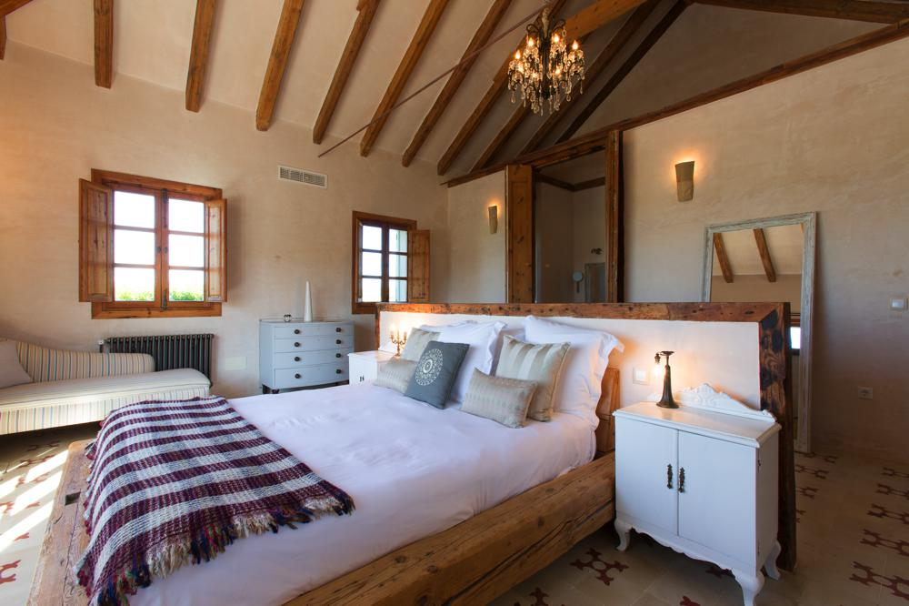 Stylish guest rooms in spain casa la siesta - Casa la siesta ...