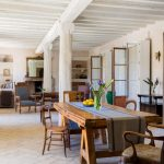 Comedor y sala de estar en Casa La Siesta