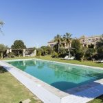 Zona de piscina y Chill-out