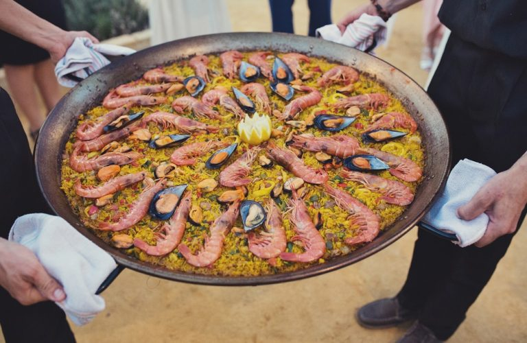 Paella wedding food