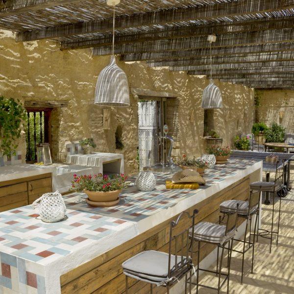 Cocina exterior y comedor de verano