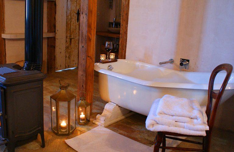 Suite 4 roll top bath Casa La Siesta